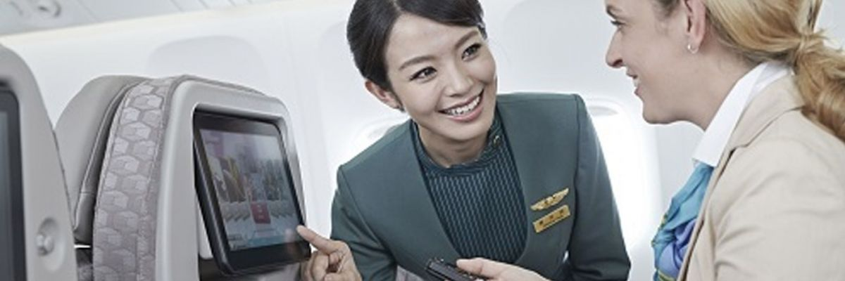 Cheap flights with EVA Air to Bangkok Economy Class