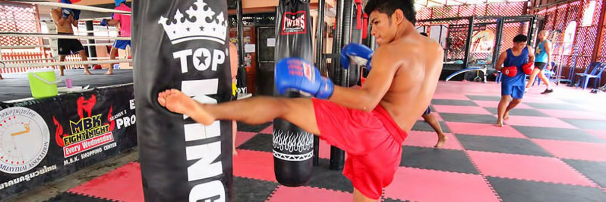 Group Training classes with Thai Boxers
